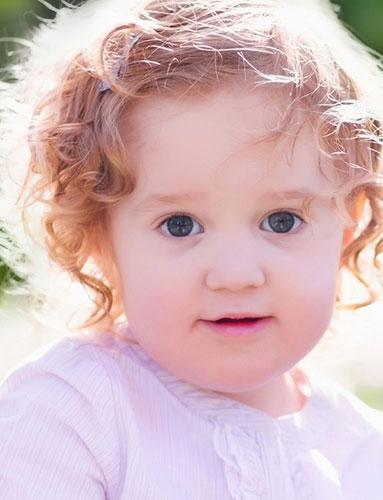 奶瓶喂哺婴儿要讲究卫生和正确的方法